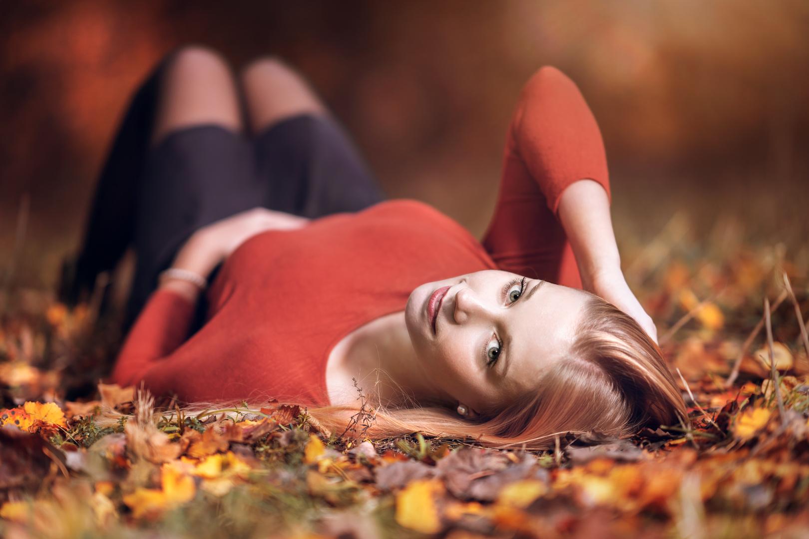 Fotoshooting Mädchen in Herbstlicher Umgebung bei Coburg